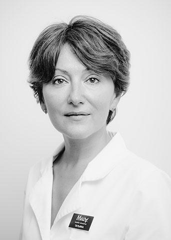 Татьяна Ясинская, Мастер по маникюру и педикюру